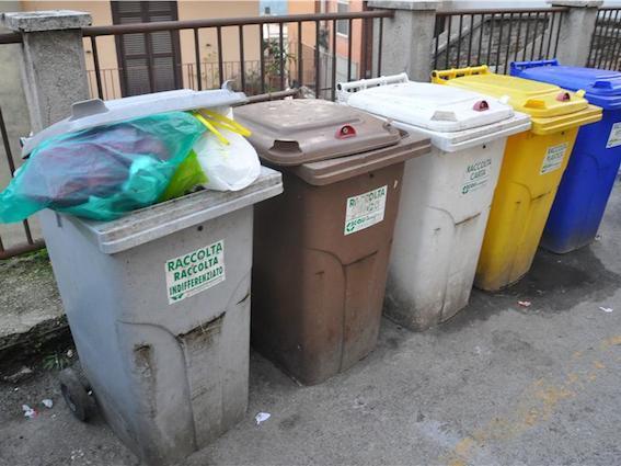 """La settima commissione: """"Rivedere i costi del servizio rifiuti"""""""